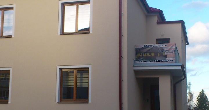 Plachta zednické práce Jihlava na domě